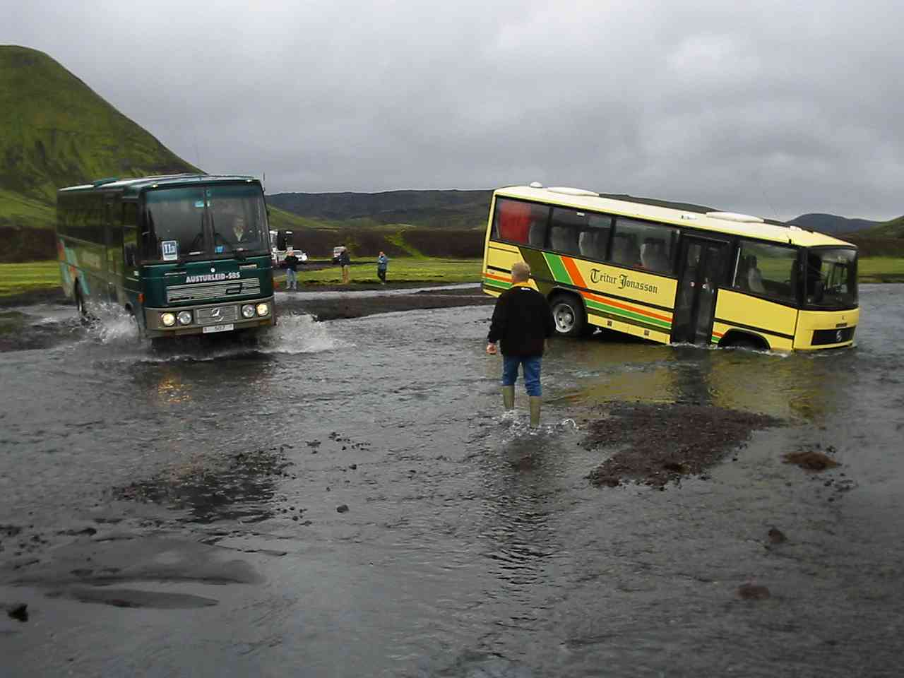 Bus Iceland Ring Road