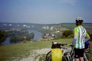 Cycling along the Seine, looking down on Le Petit Andelys