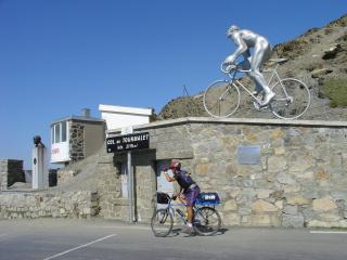 On top of Col du Tourmalet, objective of my bike route