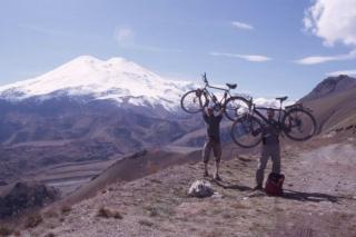 final in front of european highest mountain Elbrus